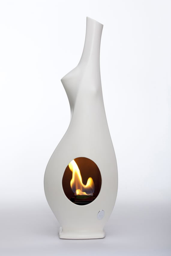 Altezza 70/71  cm<br>Base 14/15×12/13 cm<br>Combustione: Bioetanolo<br>Materiale: Ceramica<br>Made in Italy